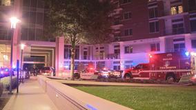 3 hurt in fight that ends in gunfire outside Oak Lawn apartments