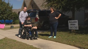 Fort Worth teen struck by lighting while on vacation in Florida returns home