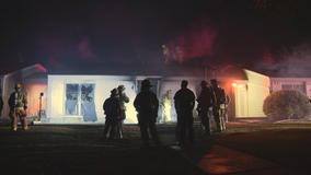 Red Cross helping displaced tenants after early morning fire