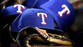 Texas Rangers re-sign OF Heineman, add RHP Gatto