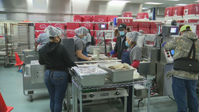 North Texas Meals on Wheels Christmas deliveries continue despite pandemic