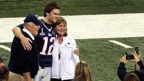 Tom Brady's parents tested positive for COVID-19 last year: 'It was a matter of life and death'