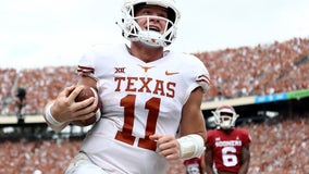 Sam Ehlinger announces he's declaring for the NFL Draft