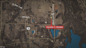 Two die in Wise County wreck after teen driver swerves to avoid deer