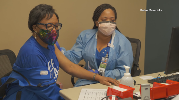 Dallas Mavs and doctors host 'The Huddle' to discuss vaccine