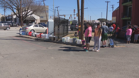 Dallas' Vickery Meadows residents struggle without water after winter storm