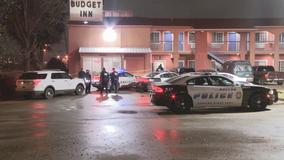 Dallas police investigating fatal shooting at motel