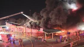 Fire destroys southeast Dallas tire shop