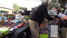 Dallas police deliver truckload of donations to support healthcare workers