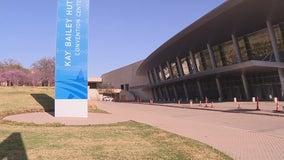 Dallas convention center will begin housing undocumented teens Wednesday