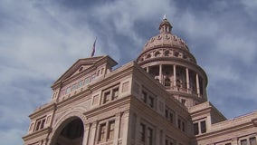 Texas lawmakers push bills that would restrict voting access