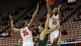 Houston beats Cleveland State 87-56 as Sampson ties Wooden