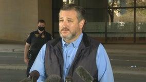 Sen. Ted Cruz tours migrant facility at Dallas convention center