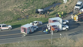 3 airlifted to hospitals after crash in Kaufman County