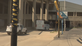 4 migrant teens found after leaving Dallas convention center