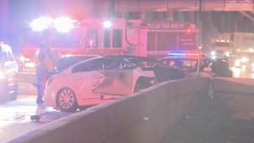 2 people killed in early morning crash in Dallas