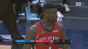 Williamson scores 38, Pelicans use late run to top Mavericks