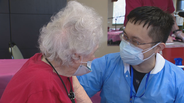 Programs working to reach North Texas seniors who can't visit COVID-19 vaccination sites