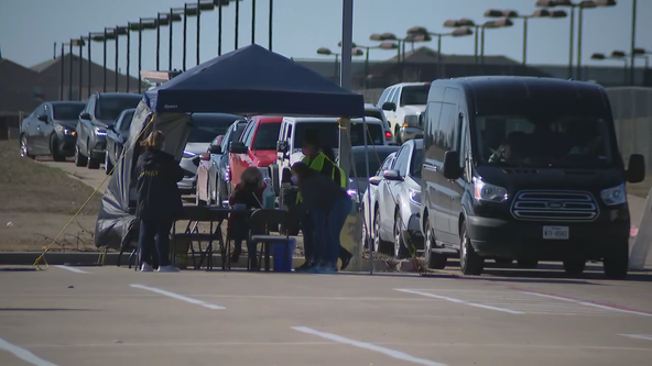 Forney ISD sets up drive-thru clinic to vaccinate employees