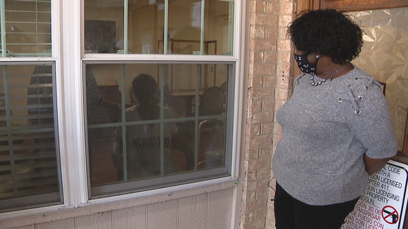 Dallas woman hopes her mother's battle with COVID-19 serves as a warning to other African Americans