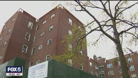 Mother of infant twins found dead inside Queens apartment charged with murder: NYPD