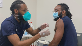 Twin brother pharmacists help vaccinate North Texans