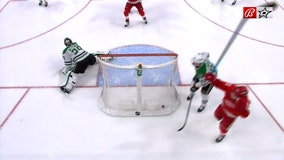 Newly acquired Jakub Vrana scores 4, Red Wings top Stars 7-3