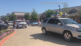 Car parade held to celebrate North Texas World War II veteran's 100th birthday