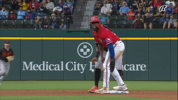 Orioles beat Rangers 5-2