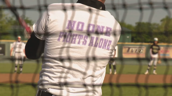 Players help to inspire Kaufman baseball coach battling cancer