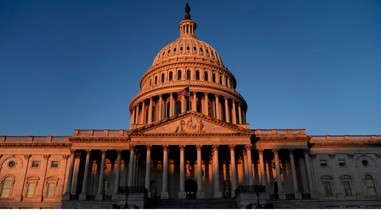 Getty_US_Capitol.jpg
