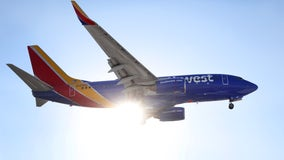 Southwest, American Airlines temporarily halt alcohol service after rise in passenger violence