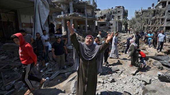 Israeli artillery pounds northern Gaza, sending Palestinians fleeing