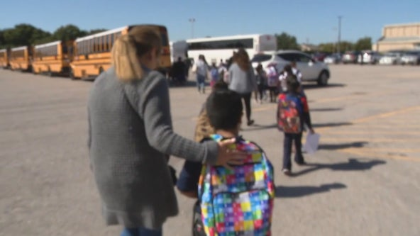 North Texas school districts making plans to vaccinate students