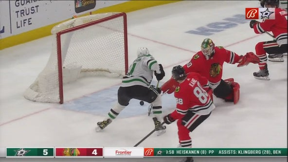 Robertson lifts Stars to 5-4 overtime win against Blackhawks