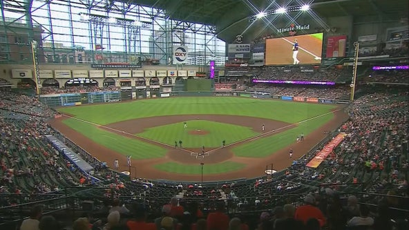 McCormick keys 4-run 8th, Astros beat Rangers 6-2