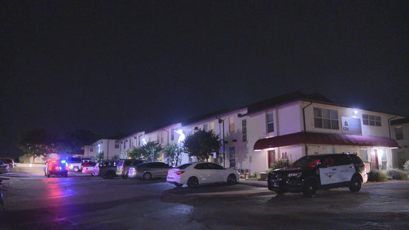 Police investigating fatal shooting at Fort Worth apartments