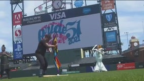 San Francisco Giants 1st MLB team to wear Pride colors on the field