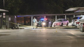 1 man wounded, 1 at-large after family dispute in Oak Cliff