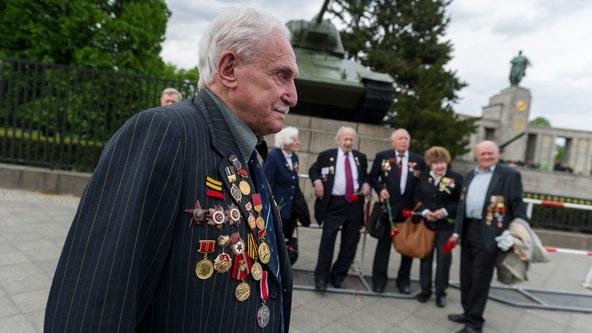 Last surviving Soviet soldier who liberated Auschwitz dies at 98