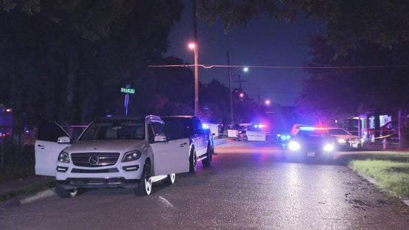Police searching for suspect in deadly Dallas shooting