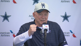 Jones: Only a 'handful' of Dallas Cowboys won't be fully vaccinated against COVID-19