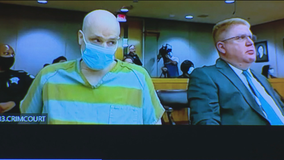 """""""Texas 7"""" member on death row appears in court to argue judge in his case was racist"""