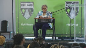 Fort Worth grandmother who pushed to make Juneteenth a federal holiday reads to students