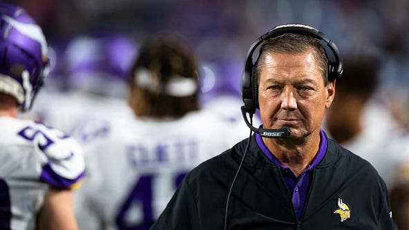 Vikings in 'discussions' with O-line coach Rick Dennison over COVID-19 vaccine