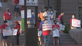 Parents hold rally advocating for mask mandate or virtual learning option in Fort Worth ISD