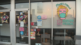 Denton diner with viral mask-wearing sign to close after two years