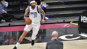 Dallas Mavericks pick up option for Willie Cauley-Stein