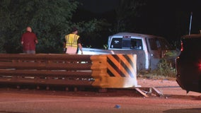 Driver runs red light, causes fatal Fort Worth crash