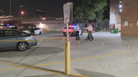 Dallas police investigating 2 overnight stabbings; 1 victim dead, another critically injured